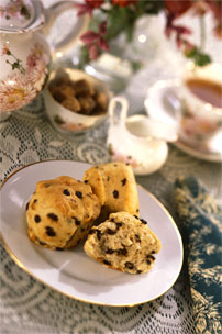 fresh-muffins-miss-mollys-dining