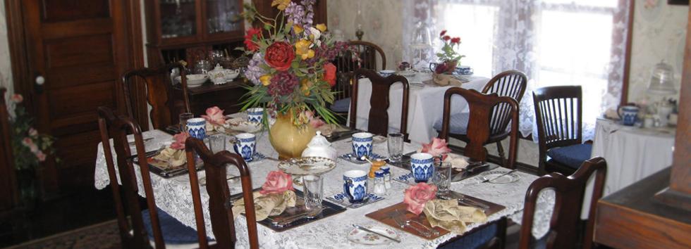 guest rooms specials dining area activities