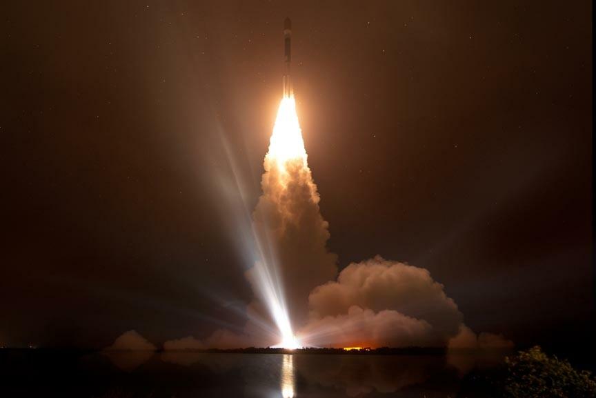 watch a Nasa rocket launch