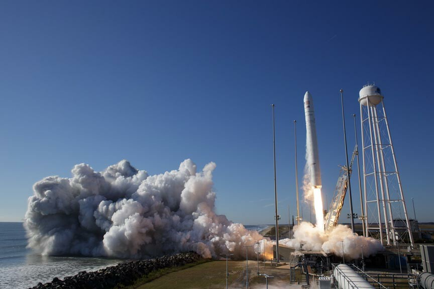 watch an Antares rocket launch from the NASA Wallops Flight Facility
