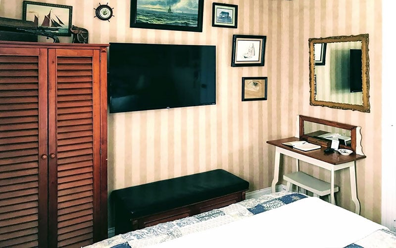 Captain Jack's Room