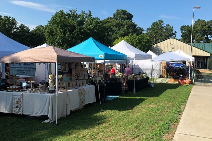 Chincoteague Blueberry Festival arts and crafts vendors